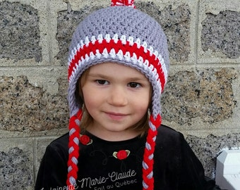 Child Tuque grey, red and white 3-5 years available immediately