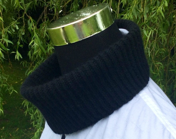 Spring pure cashmere mini snood / collar in black by Willow Luxury