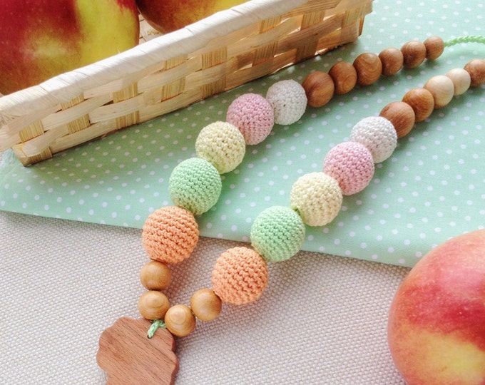 Nursing necklace / Teething necklace / Crochet necklace - An apple tree