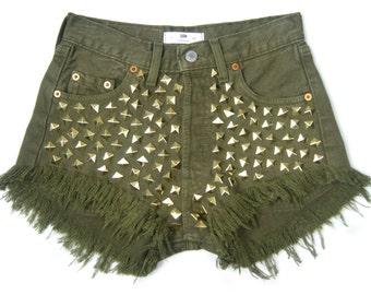 STUDDED Levis 501 shorts KHAKI with GOLDEN stude regular cut off festivalstyle rock studded S size 28 waist