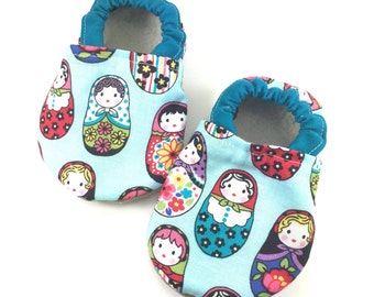 Matryoshka doll baby shoes girl baby booties soft sole shoes girl toddler shoes russian doll baby shoes aqua baby shoes crib shoes girl