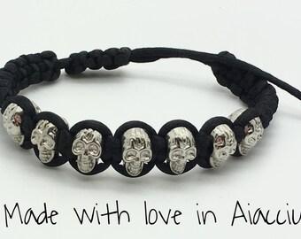Bracelet human skulls on adjustable cord
