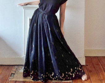 Black and Gold Opera Diva Skirt Embroidered Full Circle Floor Length Performance Theatrical Skirt