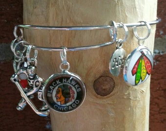 Chicago blackhawks charm bracelet (You'r choice of two images )