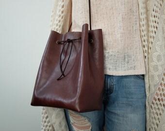 Chestnut City Bucket Bag - Classic Leather Bucket Bag