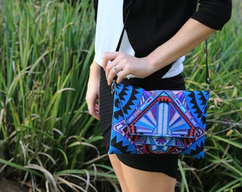 Tribal Cross-body bag with removable strap - Blue