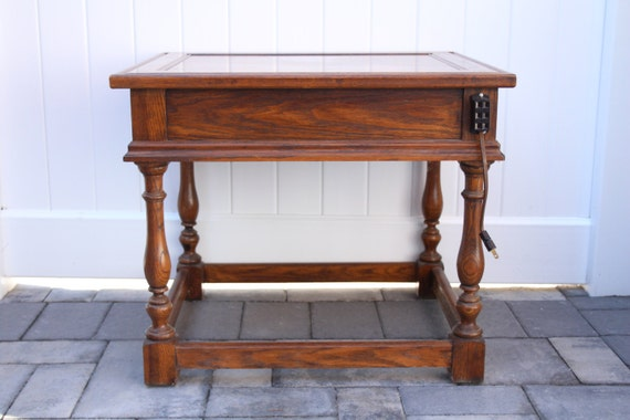 Vintage Hekman Wood Side Table End Table Nightstand Solid