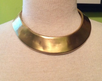 Vintage Designer Signed Verdome by Coro Ladies Gold Choker Collar Necklace.