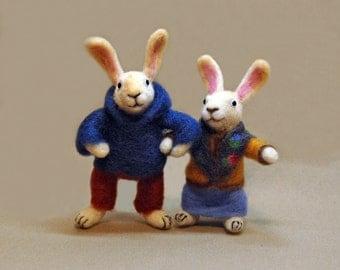 Christmas Needle Felted Rabbit, Bunny, Hare, Woodland, Needlefelt, Needle felted animal, Soft Sculpture, Miniature bunny. OOAK