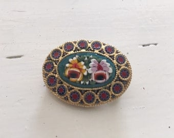 Pretty vintage micro mosaic brooch set in gilt metal