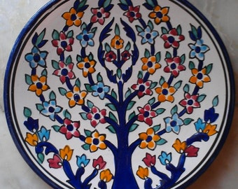 ceramic dish plate plateful seat flowers handmade colored hands, natural clay, ceramique, handicraved blue yellow white kichen deco assiette