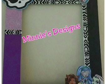 Monster High Birthday,  Monster high dress, monster high hair bow, monster high photo prop, monster high invite, monster high balloons,