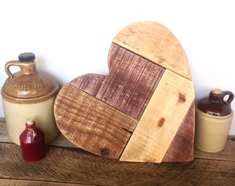 Pallet Wood Heart - Mothers Day Gift - Wooden Heart Wedding Guestbook - Rustic Heart Wall Decor - Gift For Grandmother - Barn Wedding Decor
