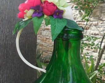 Sposa,cerchietto sposa,acconciatura per eventi,acconciatura con fiori,acconciatura elegante e chic.