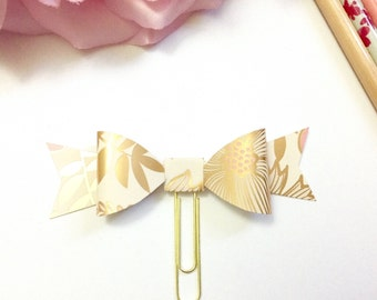 Planner Paper clips in Adorable Floral Cream and Gold Planner Accessories,Planner Paperclips collection