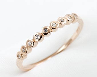 Rose Gold Bezel Set Ring, Dainty Ring, Stackable Ring, 925 Sterling Silver, Cubic Zirconia, Modern Jewelry, Simple Ring, Bezel Ring