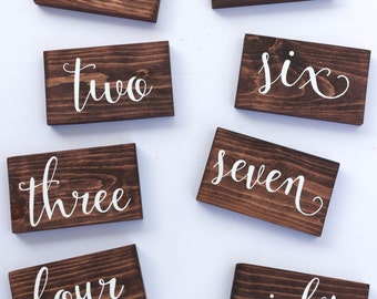 Wood Wedding Table Numbers // Party table numbers // Rustic Wedding Table Numbers // Spanish available // Centerpieces