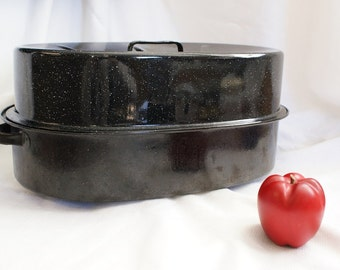 Large Graniteware Roaster, Vintage Turkey Roaster, Covered Roasting Pan, Two Handled Roaster, Vintage Cookware, Thanksgiving