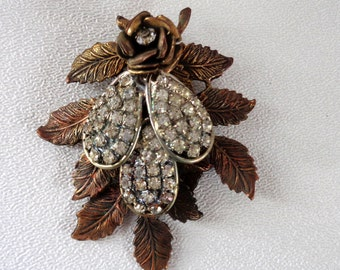Vintage Unusual Beauty Rhinestone Brooch Pin