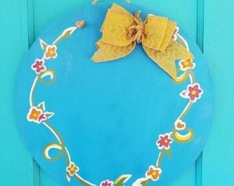 Wooden Flower Circle Doorhanger