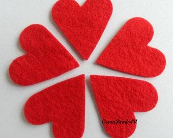 25 Red Felt Hearts