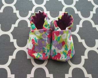 Floral soft cotton Itty Bitty baby shoes