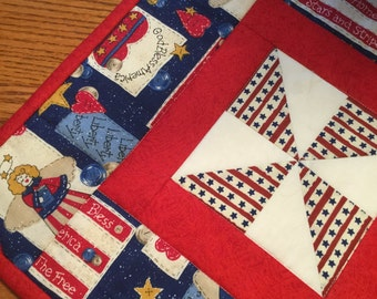 Patriotic Table Topper or Candle Mat