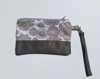 Single Zip Wristlet, Zip pouch, floral, microsuede