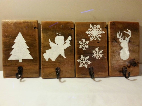 set of 4 rustic christmas stocking hangers reclaimed barn wood. Black Bedroom Furniture Sets. Home Design Ideas