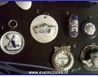 Necklace Pendants Delft Blue ~ Smithereens Jewelry