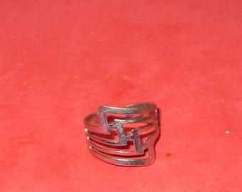 Vintage ring size 9 1/2