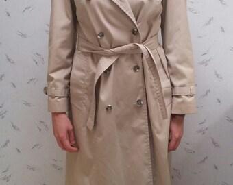 Vintage Khaki Trenchcoat