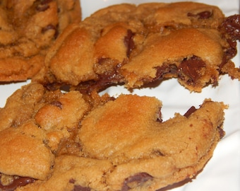 Chocolate Chip Cookies, Soft, Gooey and Large
