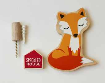Sleepy Fox Wallhook