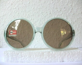 Huge Vintage Round Sunglasses NEW Condition FREE SHIPPING Medium to Large Size Light Blue Oversized