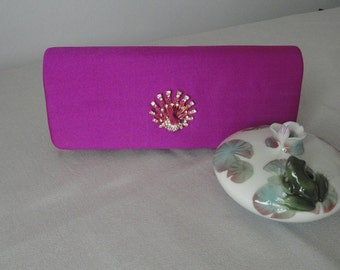 Fuschia clutch bag in vintage with Peacock shangtung-
