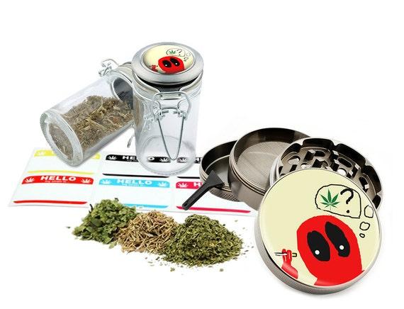 "Deadpool Smoking - 2.5"" Zinc Alloy Grinder & 75ml Locking Top Glass Jar Combo Gift Set Item # 50G21916-6"