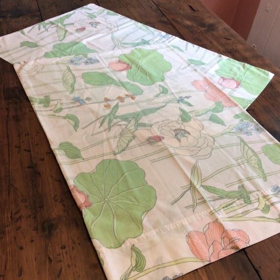 Vintage 80s Pillowcase Set - Tropical Flowers (A405)