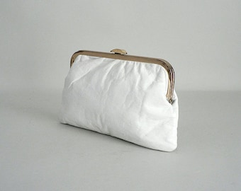 White Leather Clutch Purse With Chain Handle
