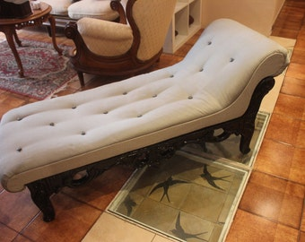 Storm Chaise