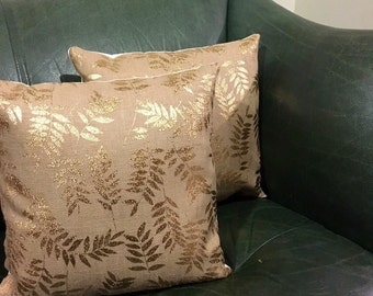 Rustic decorative cushion