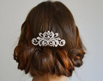 Vintage Silver Wedding Comb, Pearls & Crystals Bridal Hair Comb, Vintage Hair Comb,  Vintage Wedding Hair Comb, Wedding Head piece
