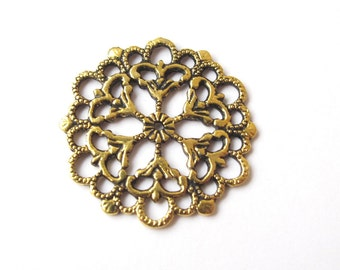 Golden round filigree charm 29mm (2 pieces)
