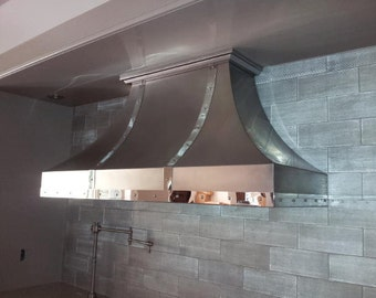 Non Directional Stainless Steel Range Hood with Polished Stainless Straps