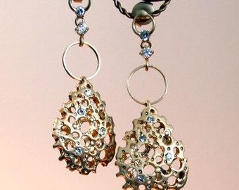 Gold Hollow Teardrop Filigree Dangle with swarovski Crystal Post Earrings
