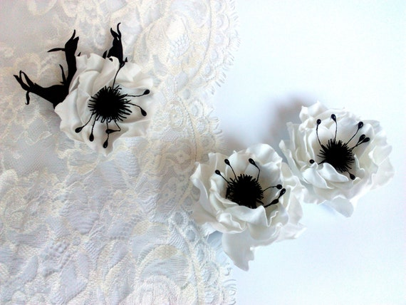 Floral hair pins brooch Bridal hair clip Anemones Wedding White black flower hair pins Rustic wedding accessories wildflowers Floral set
