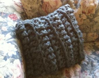 Finger-Crochet Throw Pillow Cover