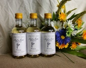 10 Mini Personalized Wedding Favors - Wibbly Wobbly Wine Labels