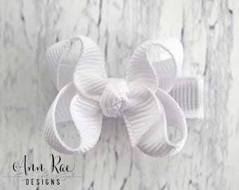 White Baby Bow, Baby Hair Bow, Baby Hair Clip, Hair Bow For Babies, Toddler Hair Bow, Hair Clip for Babies, Toddler Hair Clip, White Bow