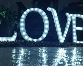 LOVE words with Light